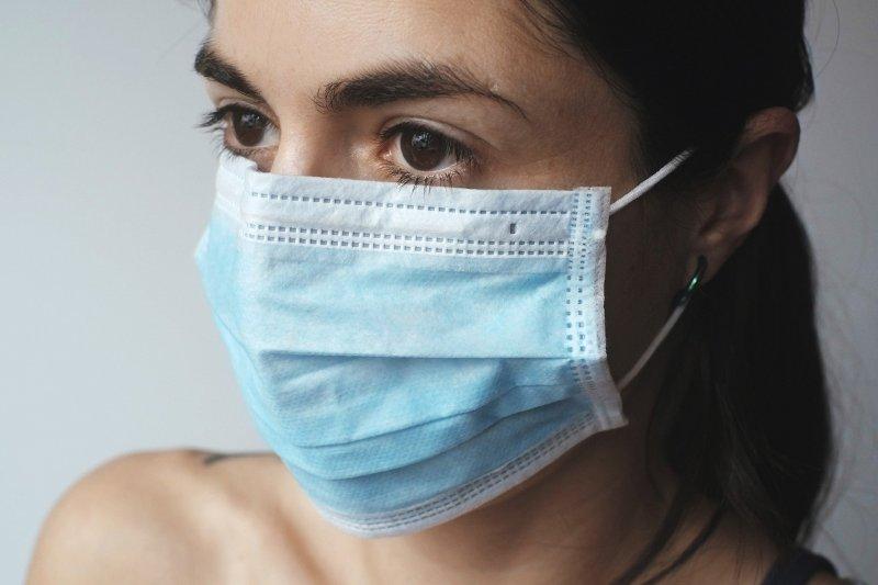 Mascherine gratis per tutti e nessuna speculazione, #coronavirus, #covid19